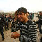 Naoružani desničari i policija napadaju izbeglice u Francuskoj