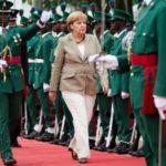 Merkelova na turneji nudi mito afričkim vladama!