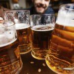 Upozorenje: Čak i umereno konzumiranje alkohola povećava rizik od raka!